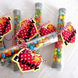 Tubito con caramelos